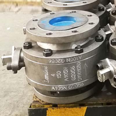 API 6D ASTM A105N体球阀,SS 316球,4英寸,150 LB,RF